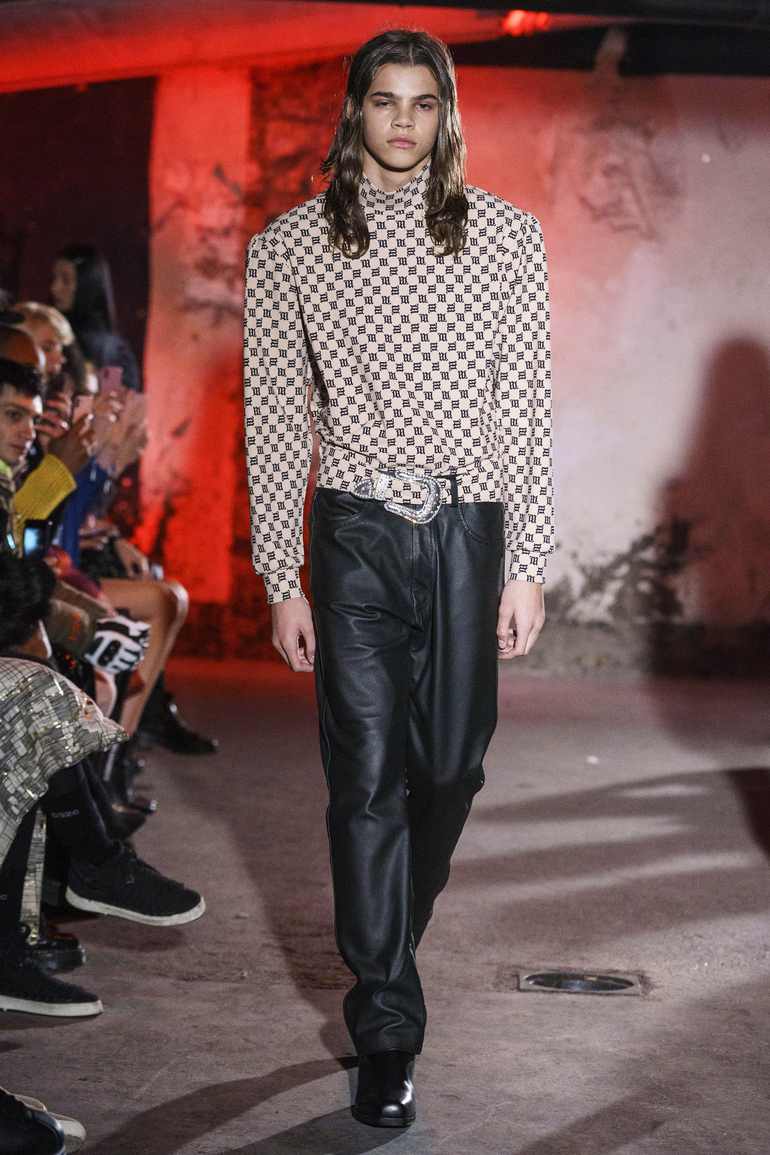 6720f16f8a7025 Pokazy mody męskiej 2019 - Fashionpost