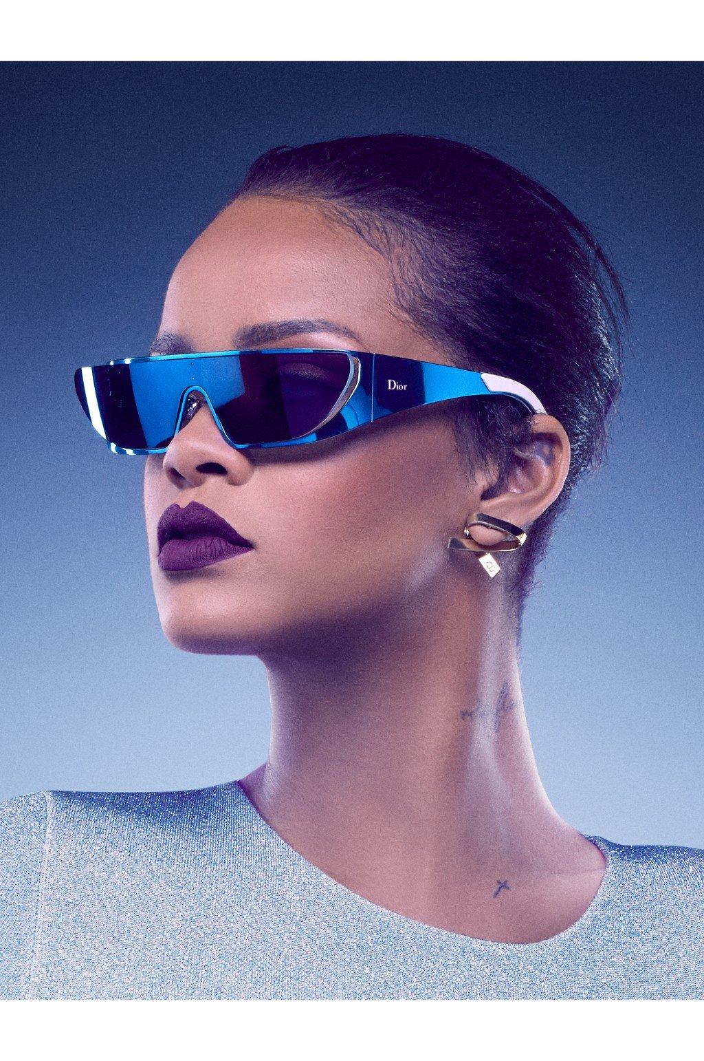 a35e5e4cd637 Rihanna i Dior stworzyli kolekcję okularów przeciwsłonecznych ...
