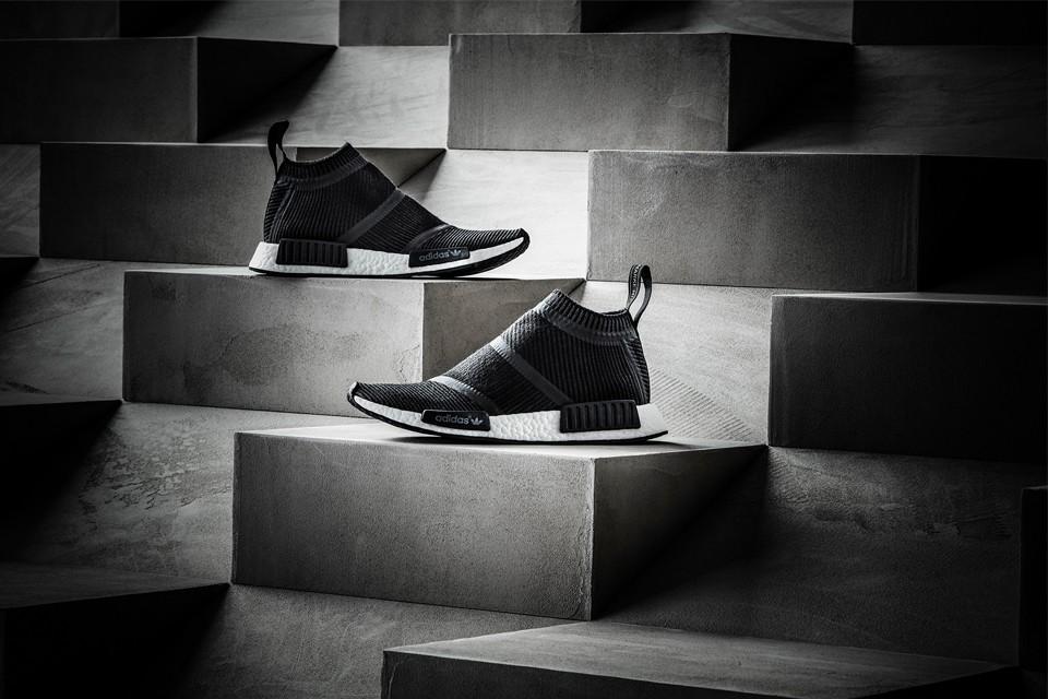 Adidas Originals wprowadza na rynek buty… ze skarpetką