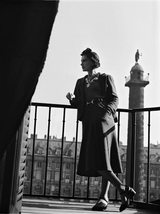 8cbf72f97b5101 F - FRANCJA Coco Chanel we Francji się urodziła, i we Francji zmarła. Jest  uznawana za jedną z największych, jeśli nie największą, postać francuskiej  mody, ...