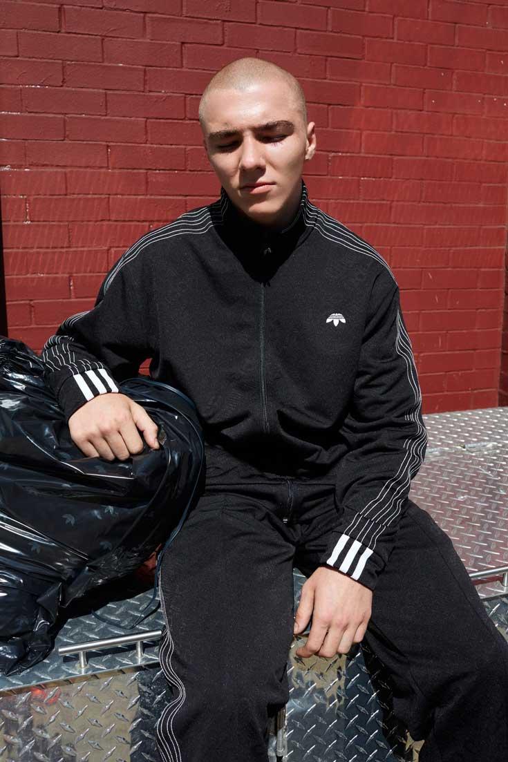 Kolekcja Adidas Originals x Alexander Wang w obiektywie Juergena Tellera