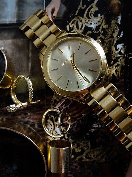 3d43aafc016af Tym razem wybór blogerki padł na klasyczny zegarek Michael Kors Slim  Runway. Pozbawiony zbędnych dodatków i wykonany na ciężkiej, dość szerokiej  bransolecie ...
