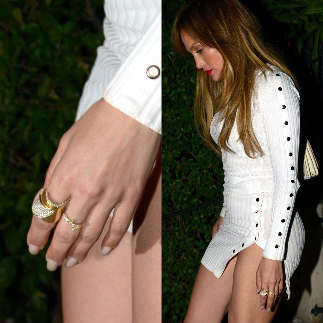 Hot or not: Jennifer Lopez w (już wyprzedanej) sukience za 160 złotych