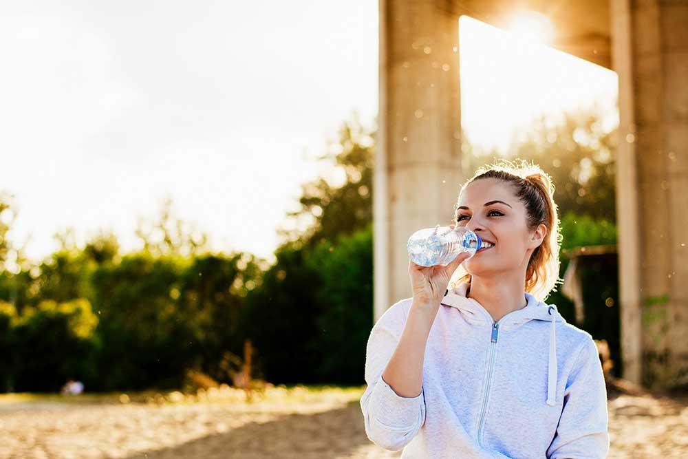 Jak efektywnie ćwiczyć podczas upałów? Oto kilka sprawdzonych porad!