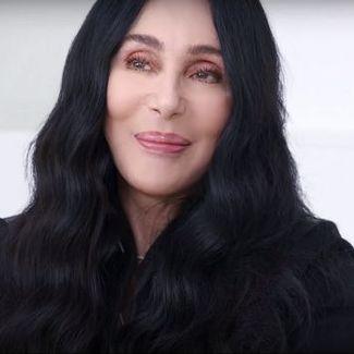 Cher śpiewa w nowej reklamie GAP! Towarzyszy jej pewien znany raper