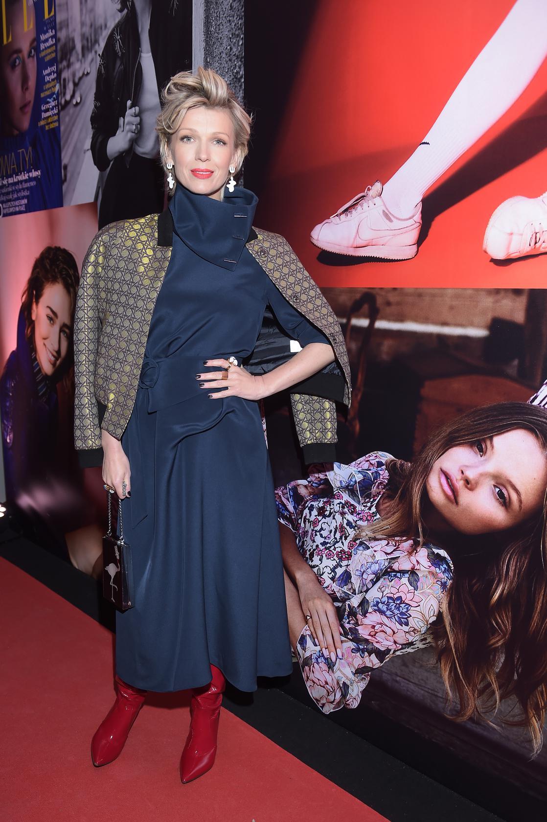 Kochamy ten look: Magda Mołek w jedwabnej sukience Tibi