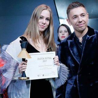 """Karolina Mikołajczyk laureatką """"Złotej Nitki 2017"""""""