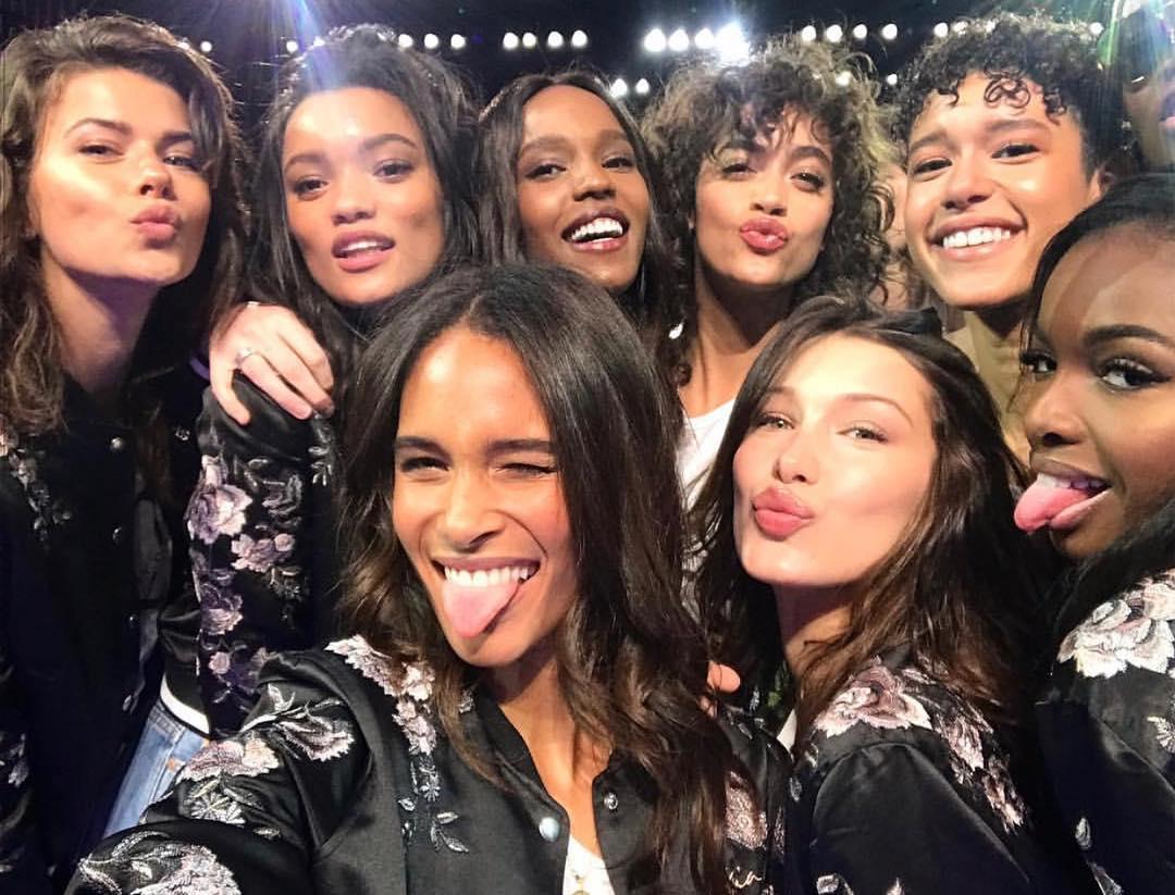 Pokaz Victoria's Secret 2017 oczami Instagrama!