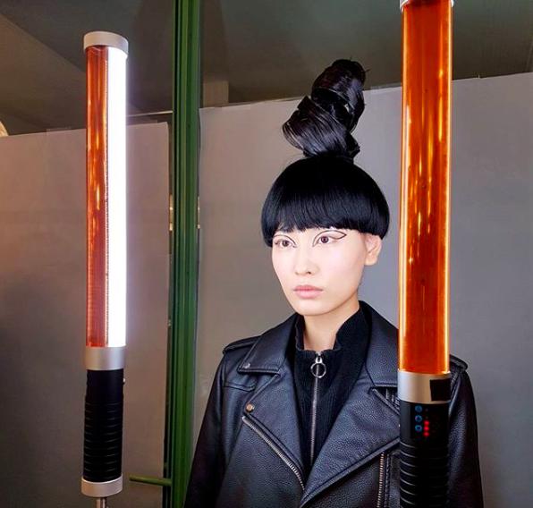 Najciekawsze makijaże z pokazów haute couture w Paryżu
