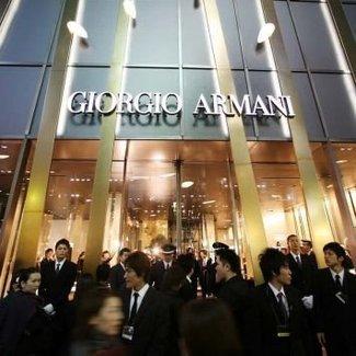 Szkoła w Tokio chce, aby jej uczniowie nosili mundurki od Armaniego