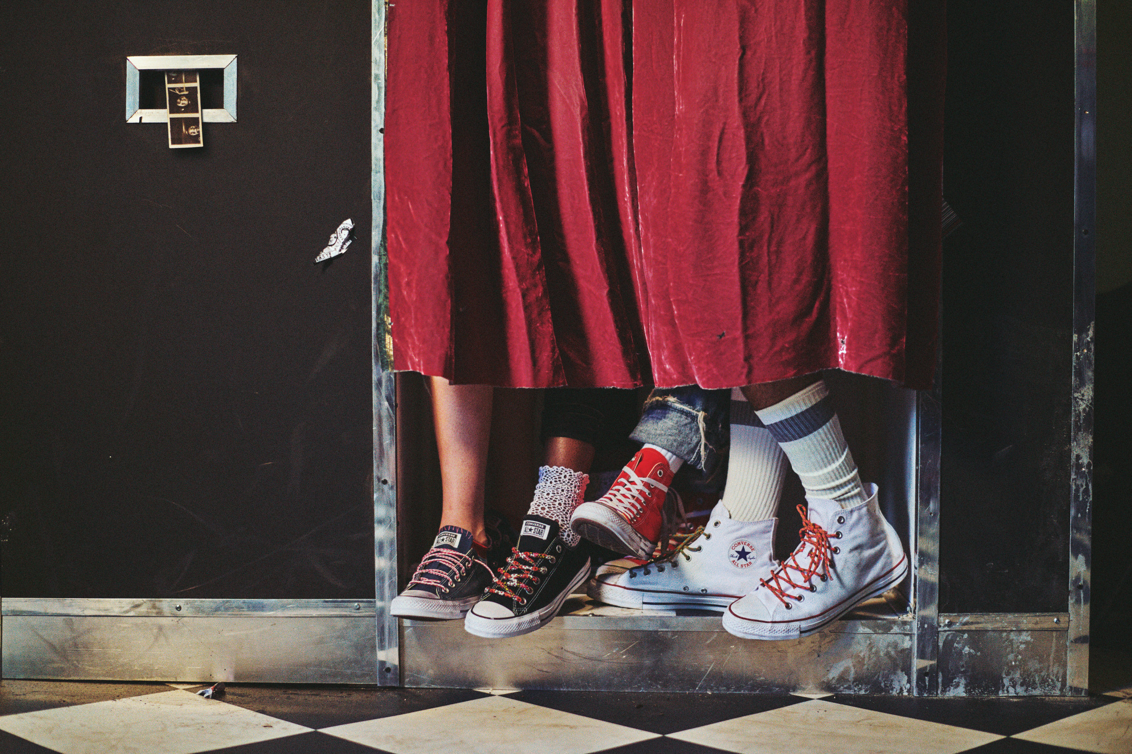 Converse opowiada historie osób noszących model Chuck Taylor!