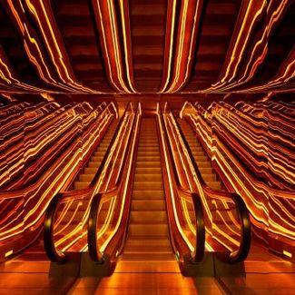 Zaglądamy do wnętrz Public Hotel, w którym odbył się pokaz Moschino x H&M
