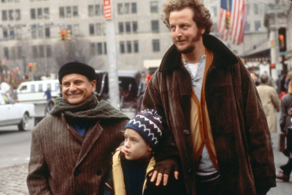 """Kadr z filmu """"Kevin sam w domu"""" i """"Kevin sam w Nowym Jorku"""", reż. Chris Columbus"""